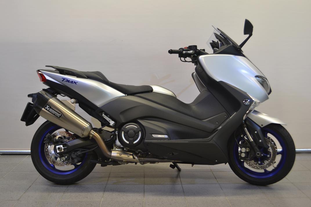 Yamaha T-MAX SX ABS