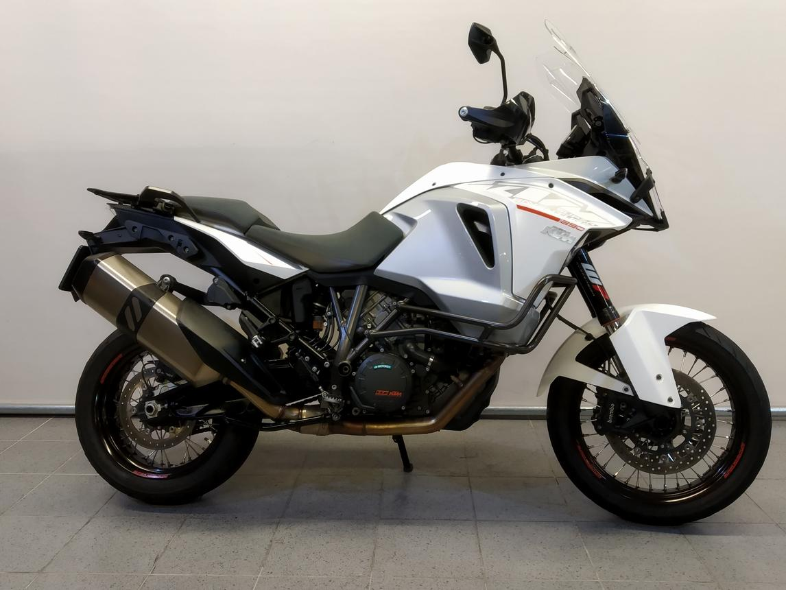 KTM 1290 SUPER ADVENTURE T ABS