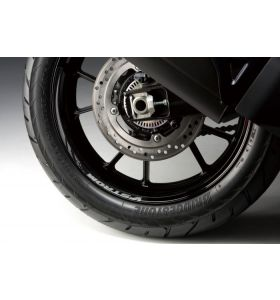 Suzuki Grijze Wielstriping Achterwiel DL 1050 XT (20)