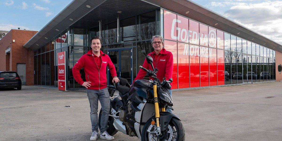 Pop-Up motorkleding outlet & forse uitbreiding