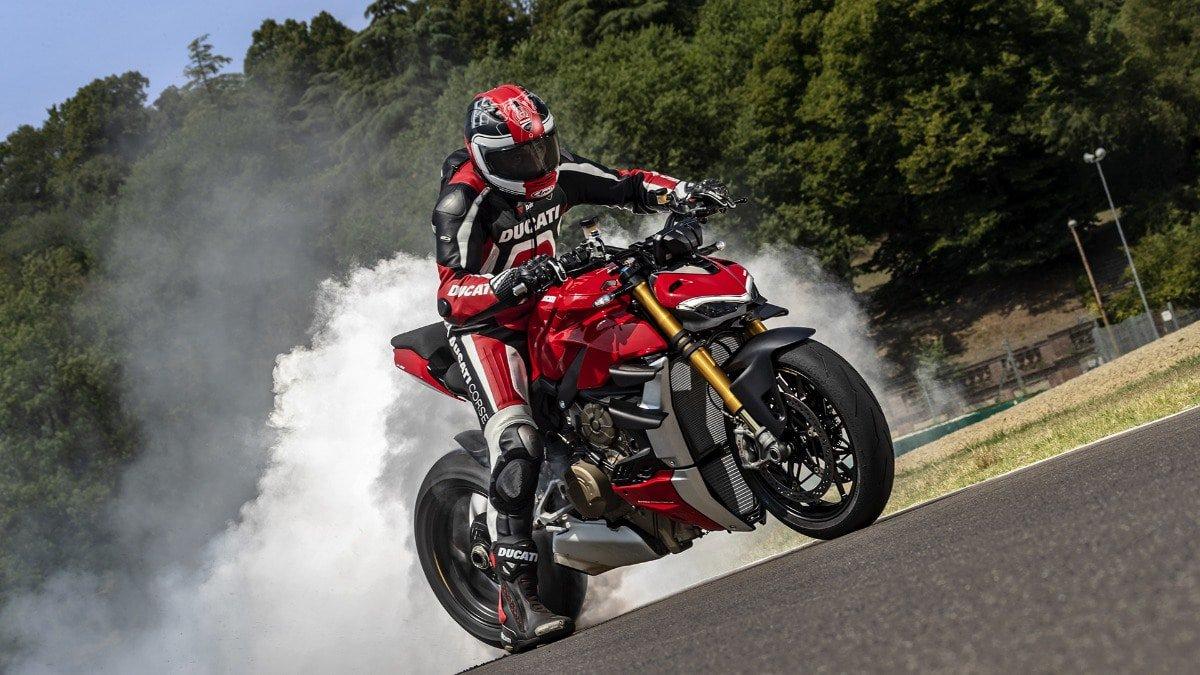 De Nieuwe Ducati Streetfighter V4